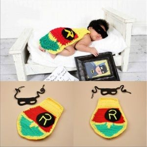 Brand New Knit Baby Robin Photo Prop Costume